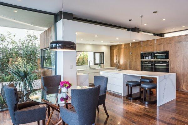 Photo 13 of Amalfi Drive Residence modern home