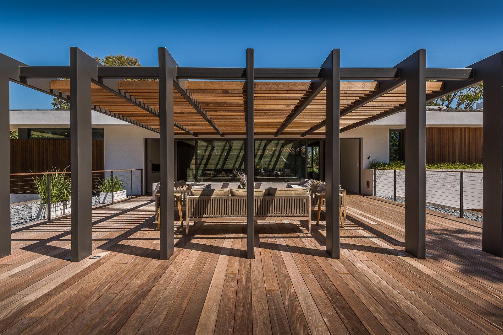 Roof Terrace / Tellis  Amalfi Drive Residence by Daryl Olesinski