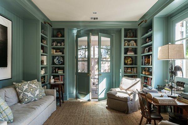 Photo 5 of Reba Residence modern home