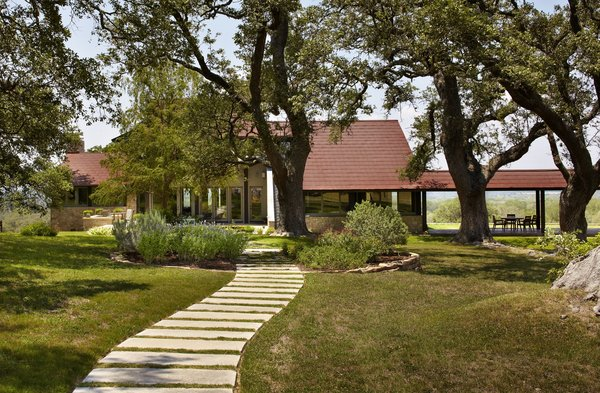 Photo 3 of Seward Residence modern home