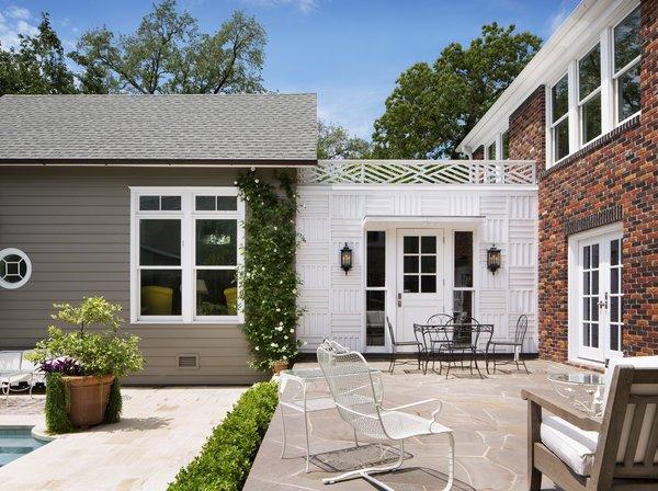 Photo 6 of Southampton Place Residence modern home