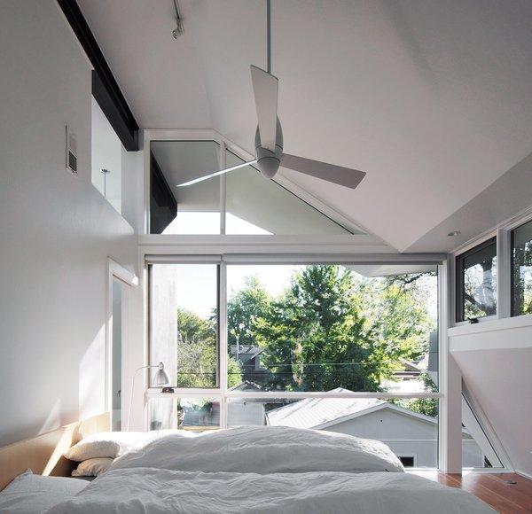 Photo 3 of Ogden Street modern home