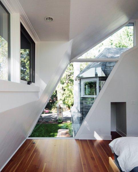Photo 4 of Ogden Street modern home