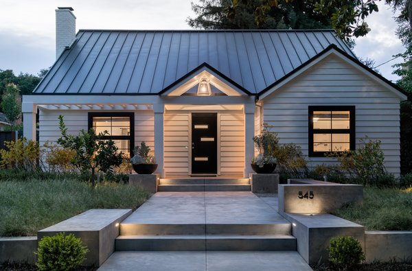 Soft lighting welcomes Photo 16 of Refreshing Bungalow modern home