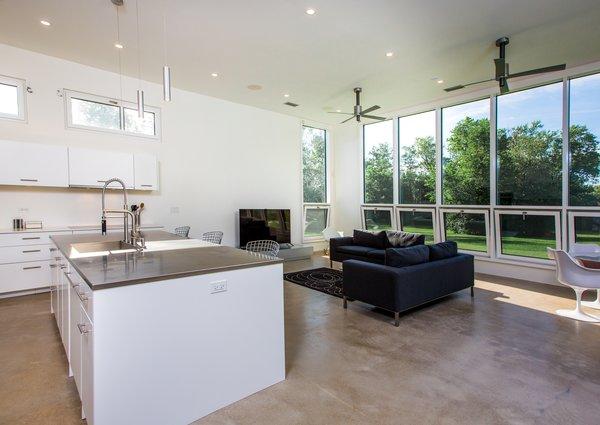 Photo 2 of Itasca Modern modern home