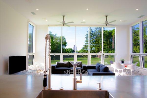 Photo 4 of Itasca Modern modern home