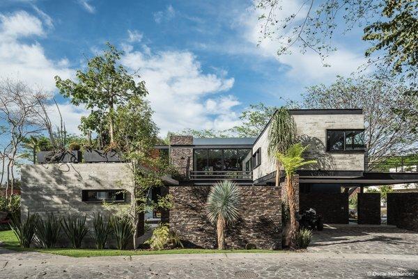 Volumetric design Photo 10 of Casa Kalyvas modern home