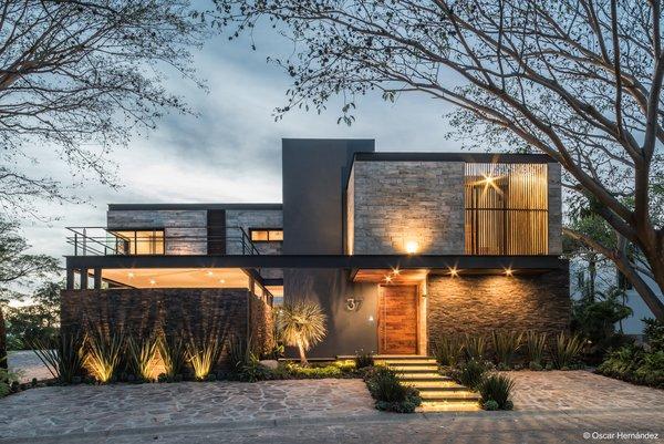 Ilumination Photo 3 of Casa Kalyvas modern home