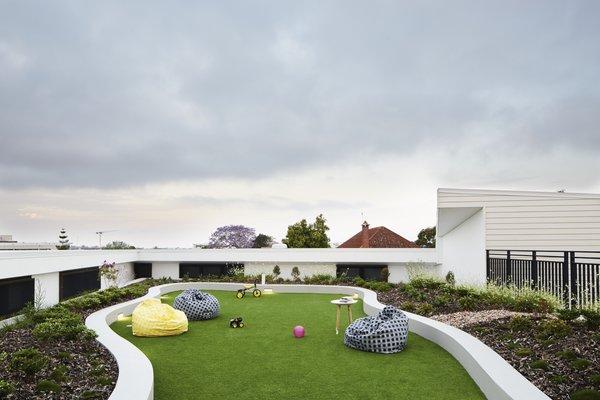 Photo 4 of Hummingbird House modern home