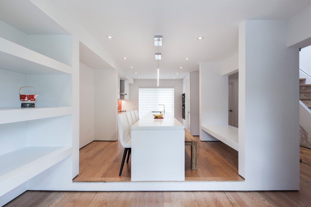 Dining room: looking toward kitchen  Thorax House by rzlbd