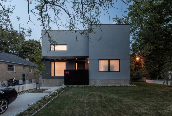 Main elevation Photo  of Thorax House modern home