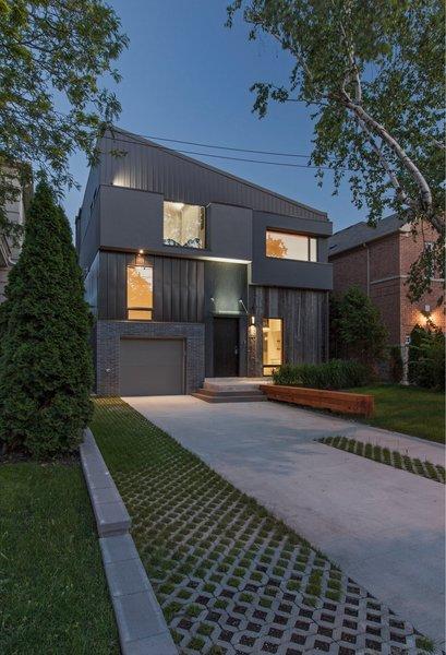 main elevation Photo  of Tetris House modern home