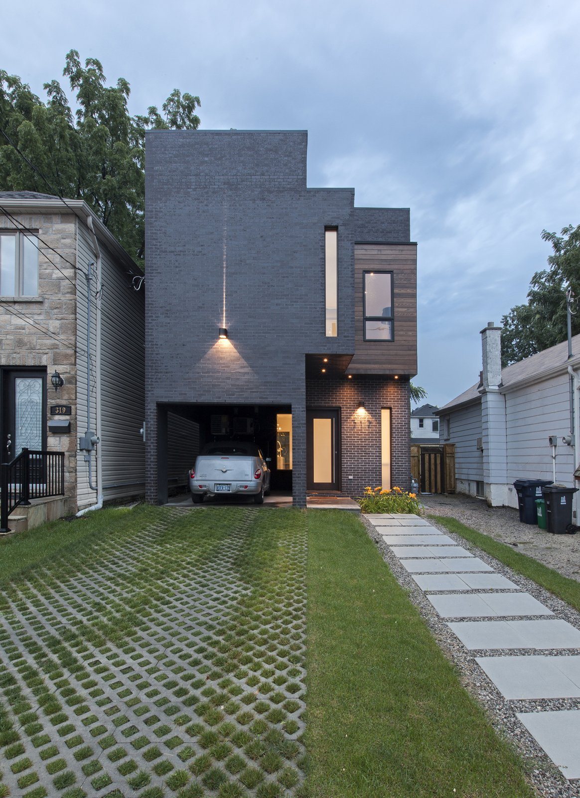 main elevation  Totem House by rzlbd