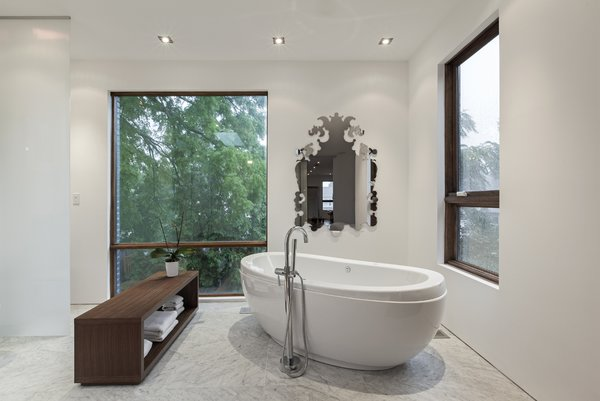 master ensuite Photo 8 of Totem House modern home