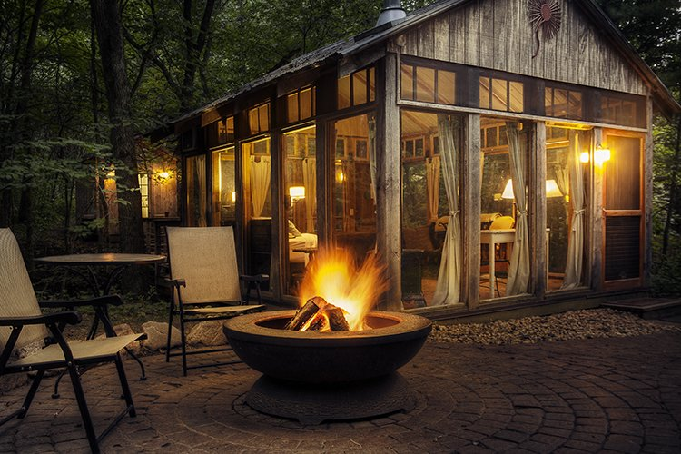 Photo 5 of 8 in Wisconsin's Secluded Glass Cabins