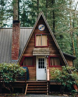 12 Cabin Escapes to Inspire Your Next Weekend Getaway - Photo 2 of 13 -