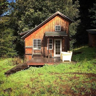 12 Cabin Escapes to Inspire Your Next Weekend Getaway - Photo 3 of 13 -