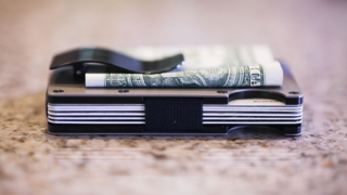 Minimalist Aluminum Wallets