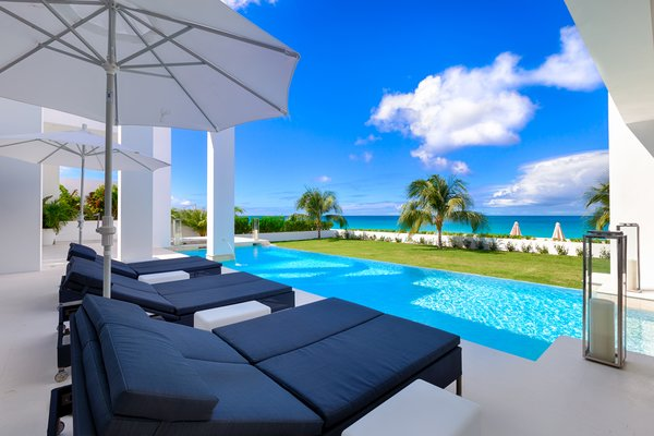 Resort-style living in the comfort of home Photo 5 of The Beach House modern home