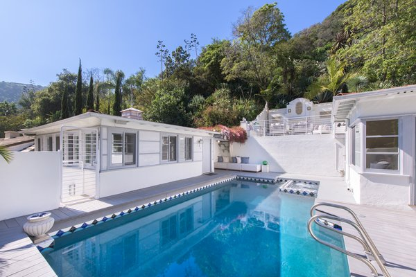 Pool and guest house flow seamlessly into the design Photo 2 of Max Ember's Art Deco Inspired Streamline Moderne modern home