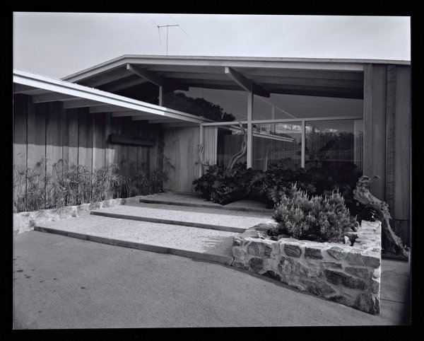 Circa 1955 Photo 4 of Midcentury Post and Beam In Fryman Canyon modern home