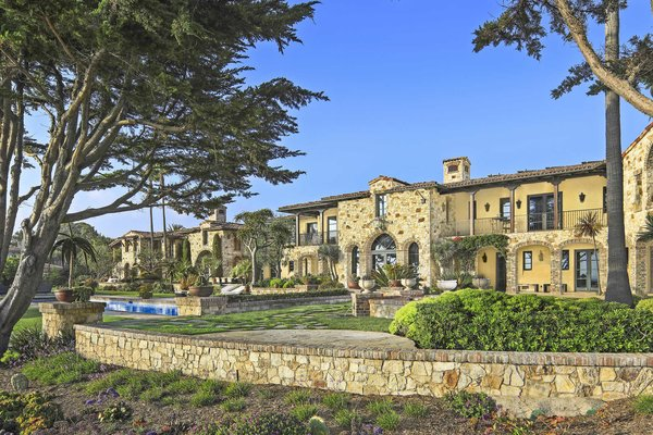 Photo 9 of A Monumental Oceanfront Estate on the California Coast modern home