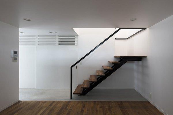 Photo 7 of House in Mishuku Ⅱ modern home