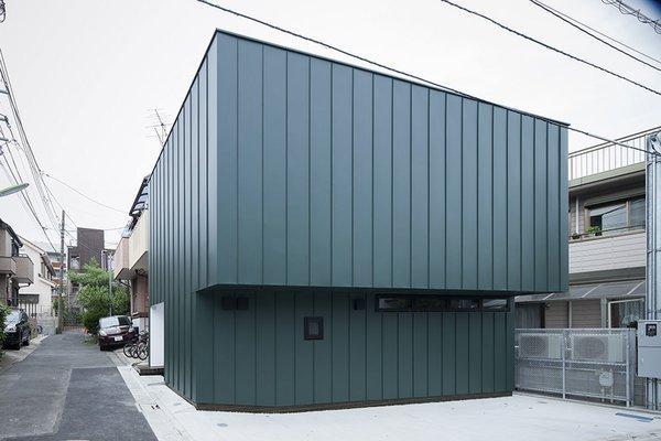 Photo 2 of House in Mishuku Ⅱ modern home