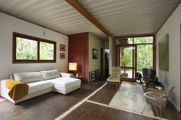 Photo 3 of Ubatuba House modern home