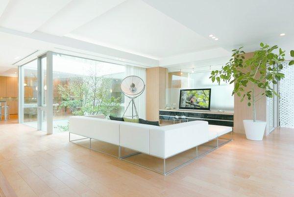 Photo 9 of SUKI modern home