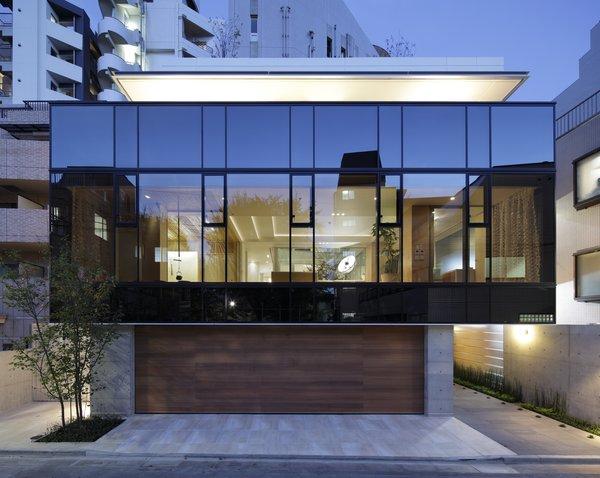 Photo 3 of SUKI modern home