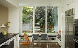 Homey Kitchen 5 main ingredients for cooking up a homey kitchen nook - dwell