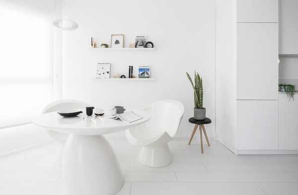View of the modular living room Photo 5 of White Space in the White City modern home