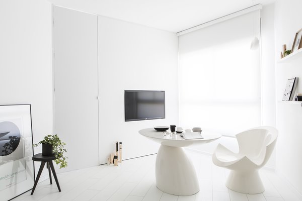 View of the modular living room & kitchen Photo 3 of White Space in the White City modern home