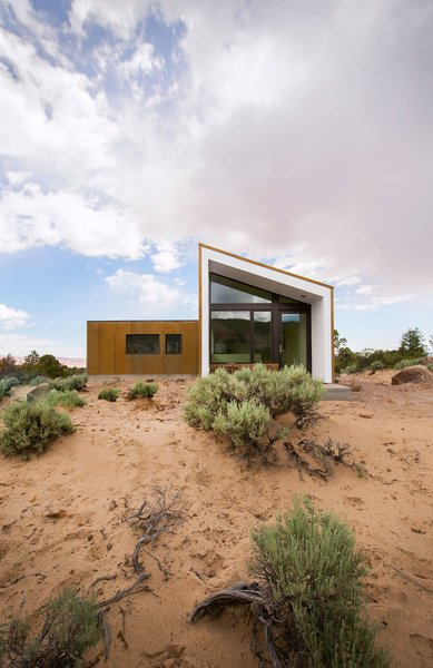 Guest House Photo 15 of Capitol Reef modern home