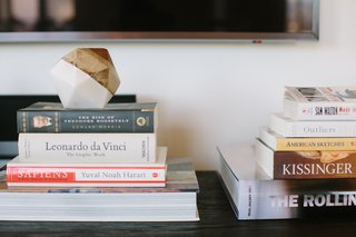 How to Make Your Home Feel Oh So Home-y? - Photo 4 of 4 - Stack Your Collection of Must-Reads: