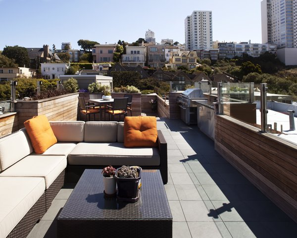 Roof Deck view toward Russian Hill Photo 3 of Russian Hill Roof Deck modern home