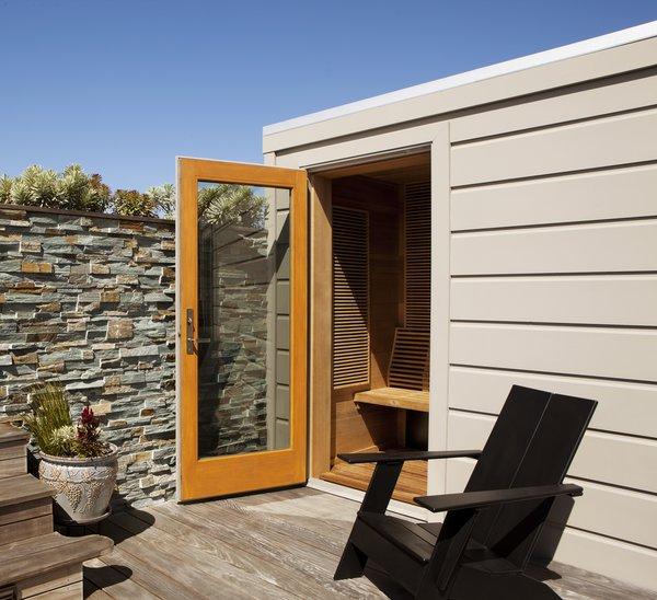 Roof Deck Sauna Photo 4 of Russian Hill Roof Deck modern home