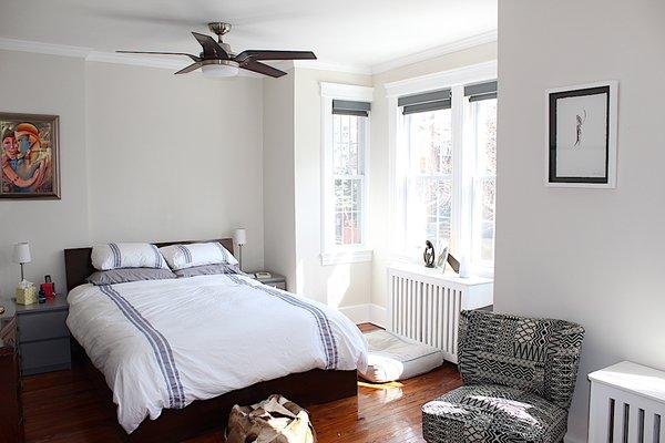 Master bedroom Photo 15 of Das Backsteinhaus modern home