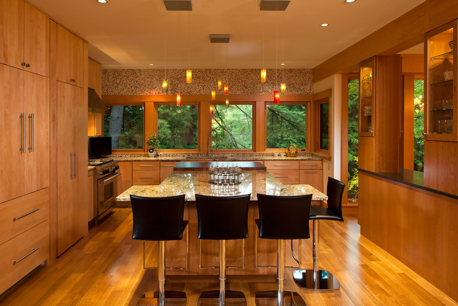 Contemporary kitchen   Fourth Lake Summer House by Phinney Design Group