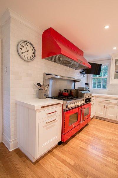 Red Kitchen Photo 11 of Homeland Estate modern home