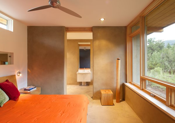 Photo 10 of Strawbale Getaway modern home