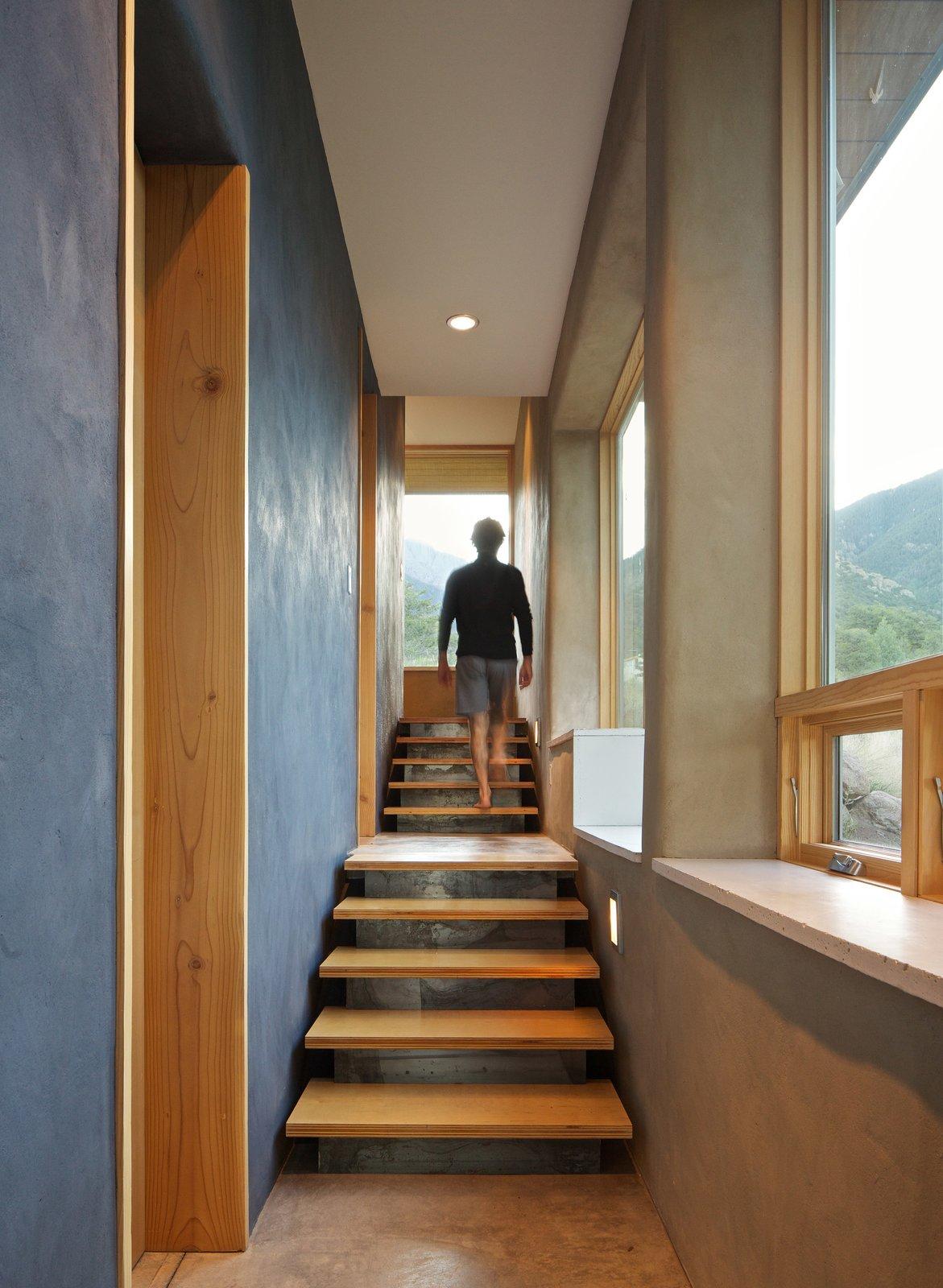Strawbale Getaway by Gettliffe Architecture