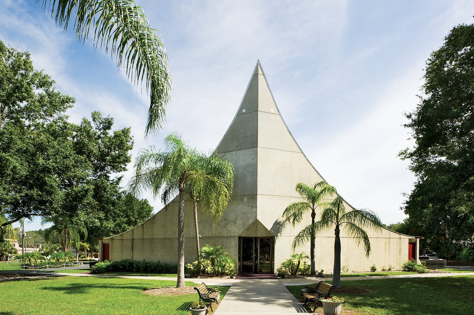 St. Paul Lutheran Church Sanctuary 1968, Sarasota, FL Architect Victor Lundy, FAIA  Victor A. Lundy, FAIA by SarasotaMOD Weekend
