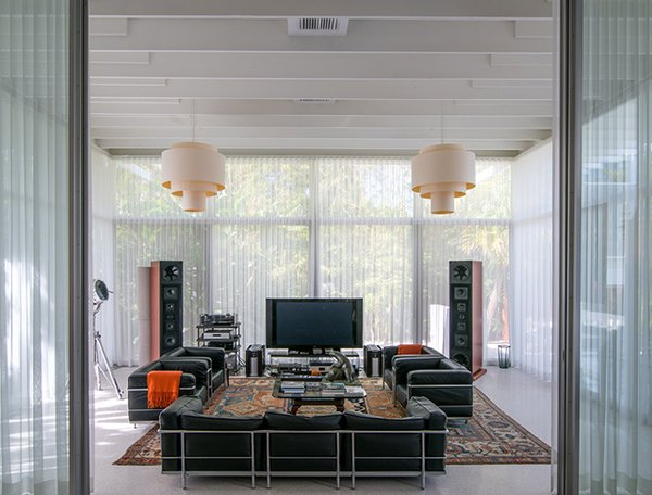 2016 Harkavy House Living Room