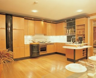Select perfect flooring to give a new look to your kitchen - Photo 3 of 3 - Kitchen Flooring