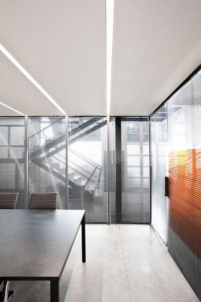 Photo 20 of KuantoKusta Headquarters modern home