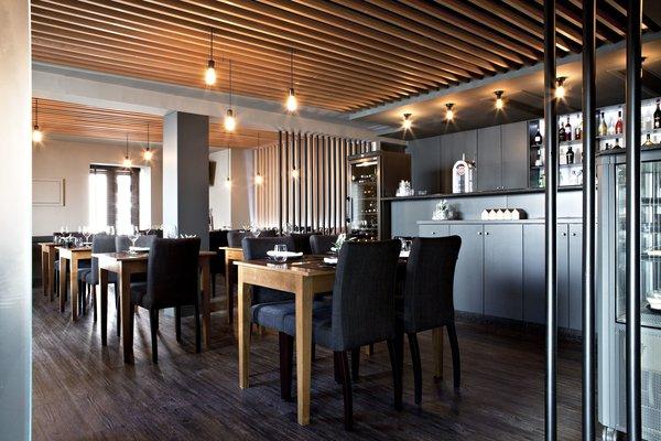 Photo 9 of São Roque Restaurant modern home