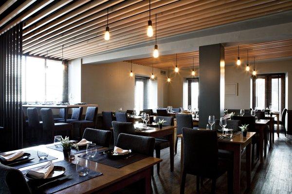 Photo 14 of São Roque Restaurant modern home