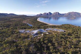 This Modern Tasmanian Resort  Reflects the Natural Forms Surrounding It - Photo 1 of 9 -